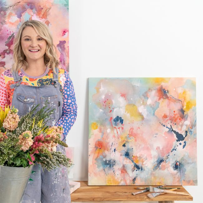 Amanda-O'Bryan-Artist-Hold-your-soul-still-and-look-upward-often-2021-813x813mm-in-situ